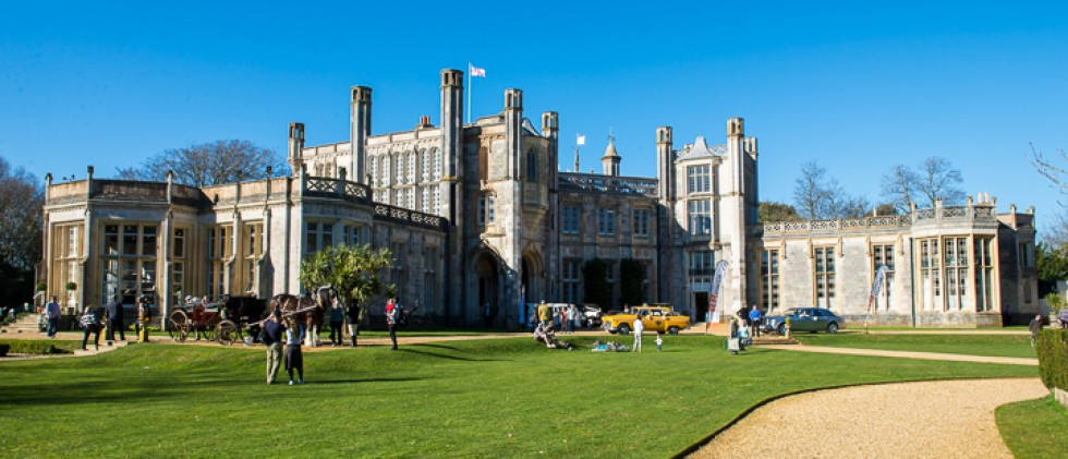 Highcliffe Castle Wedding Fair