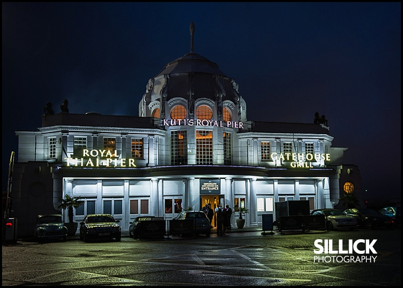 Kutis Royal Thai Pier Restaurant, Southampton, at night - Sillick Photography