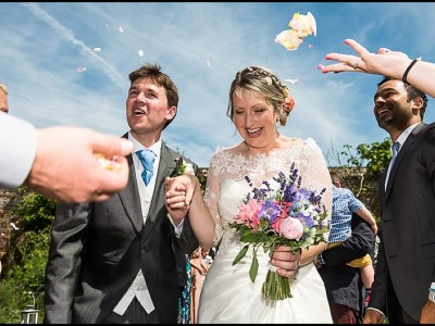 Zoe & Simon – Sussex wedding at the Walled Garden, Cowdray